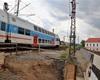 Modernizace trati; práce na železničním mostě u Horymírova náměstí v Radotíně, 21.7.2020